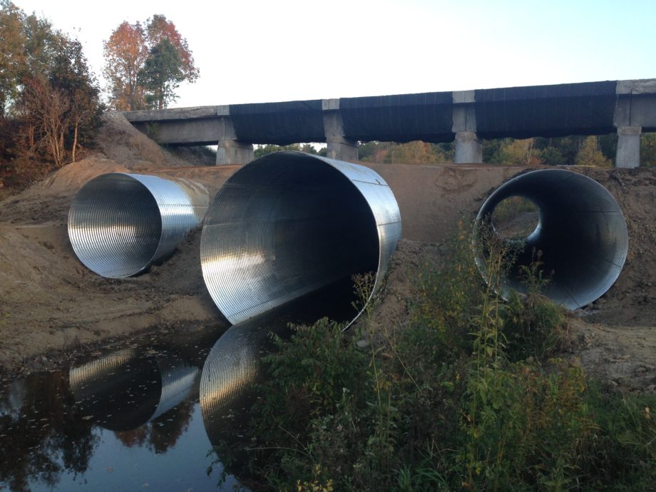 14' diameter, 7 gauge, galvanized multi-plate overflow structure
